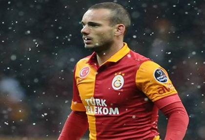 Sneijder erken döndü