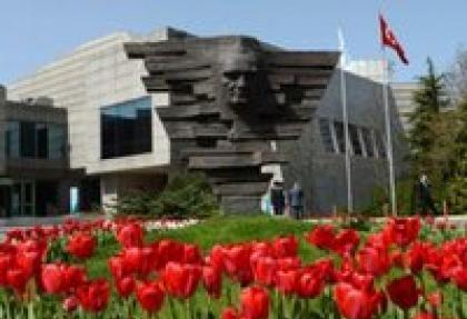 """Yurtiçi piyasalarda """"enflasyon ve Kırım"""" endişesi"""