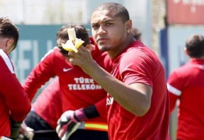 Alves'e hemşehri desteği