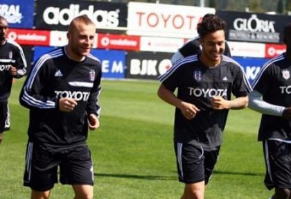 Beşiktaş'ta Gökhan Töre takımla çalıştı