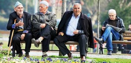 Emeklilerin duruşmasında sürpriz karar