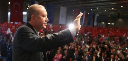 """Erdoğan: """"Bayrak olayının arkasında Pensilvanya Çetesi var"""""""
