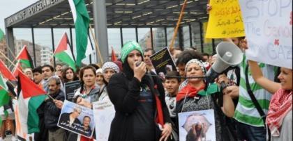berlin'de israil'e buyuk tepki