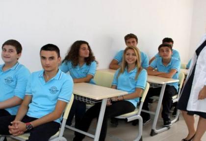 Hostesler Lisesi gençlerin gözdesi oldu