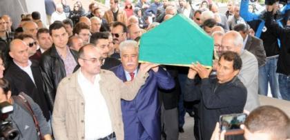 Cem Garipoğlu'nun cenazesi sonrasında ilginç ayrıntı
