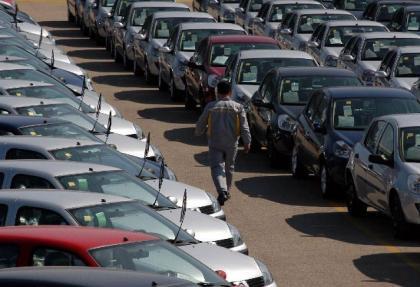 Otomobil pazarı küçüldü