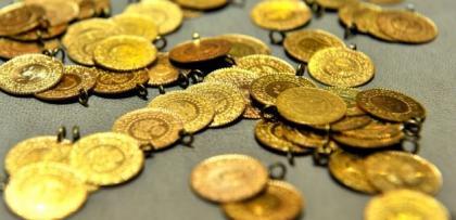 Altın, güçlenen doların hışmına uğradı..