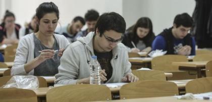 Öğrencilere aylık 1000 lira burs müjdesi!