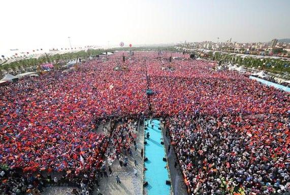 Bunlar kum tanesi değil, AK Partili seçmen!