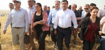"""PKK köşeye sıkıştı, Demirtaş yollara düştü.. """"Sokakları Yakın"""""""