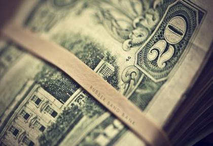 Dolar yine 2,90'ı solladı