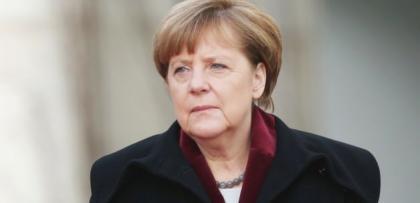 """Merkel: """"AB-Türkiye anlaşması sırayla uygulanacak"""""""