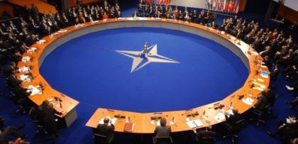 """Rus testlerine aciz kalan NATO zorda: """"Sen ne işe yararsın?"""""""