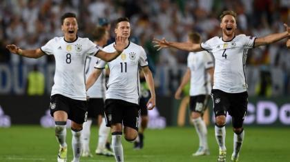 Almanya, İtalya karşısında penaltı kahramanı oldu