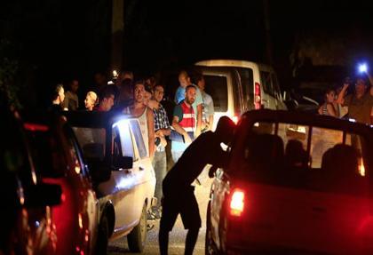 son dakika haberleri: kacak darbeci on asker yakalandi!