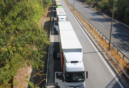 Kapıkule'de ekonomi sabotajı: 100 milyon dolarlık 25 km tır kuyruğu