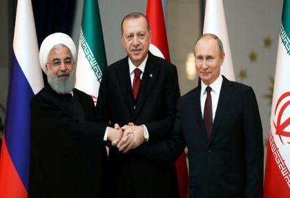 """Üçlü zirveden ABD'ye ortak açıklama! """"Terörle mücadele kisvesi altında.."""""""
