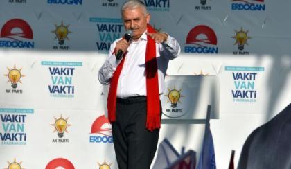 Başbakan Yıldırım ve Numan Kurtulmuş'dan bedelli askerlik açıklaması