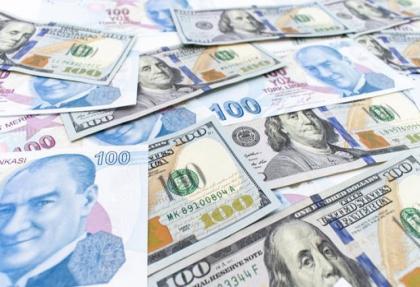 Dolar/TL'de sert yükseliş yüzde 3.2'yi aştı